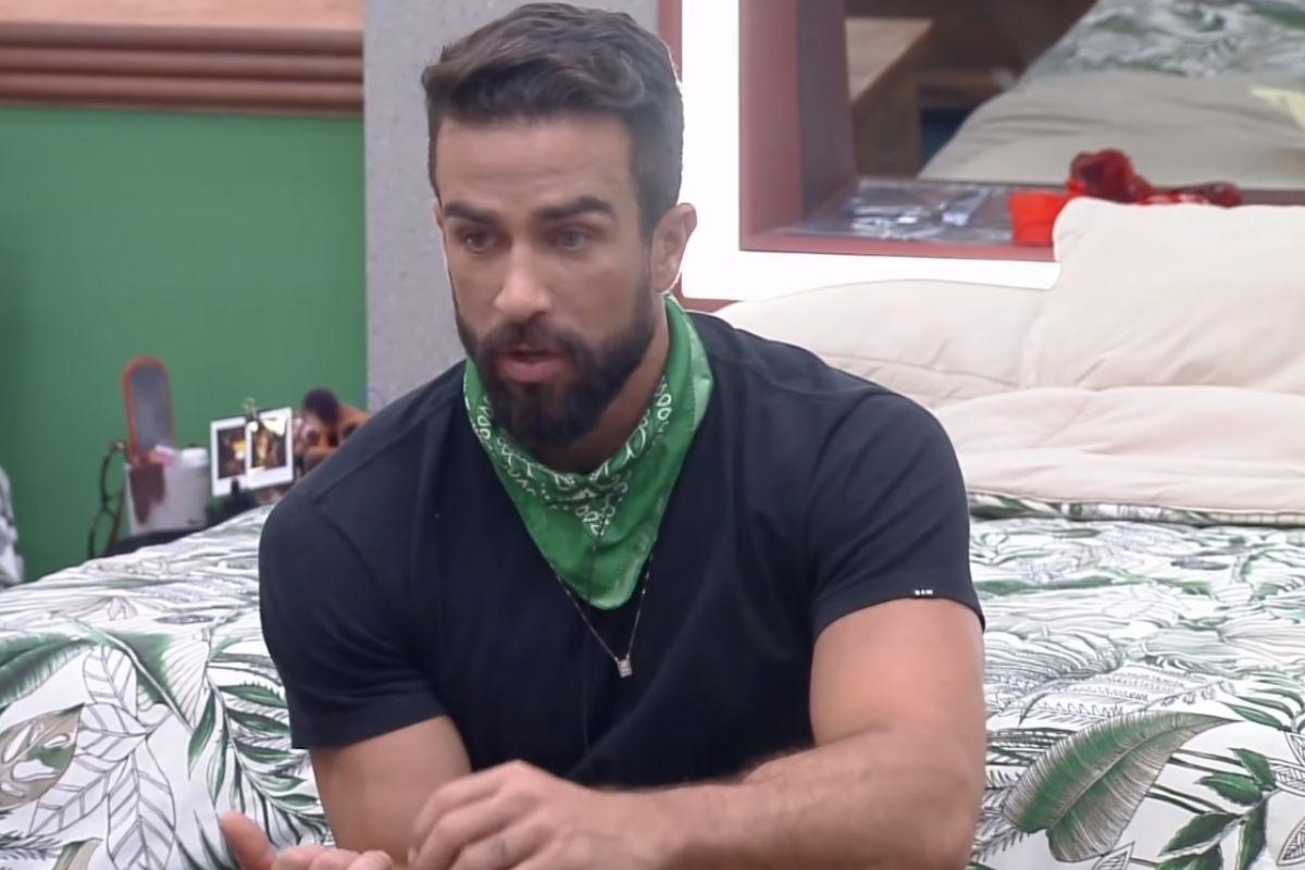 Erasmo Viana conversa com Valentina e Solange em 'A Fazenda 13'