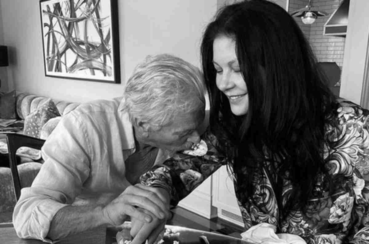 Catherine Zeta-Jones e Michael Douglas comemorando aniversário