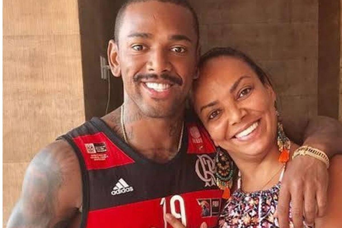 Nego do Borel e sua mãe Roseli Viana