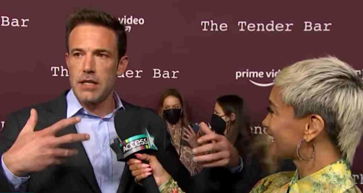 Ben Affleck entrevista The Tender Bar